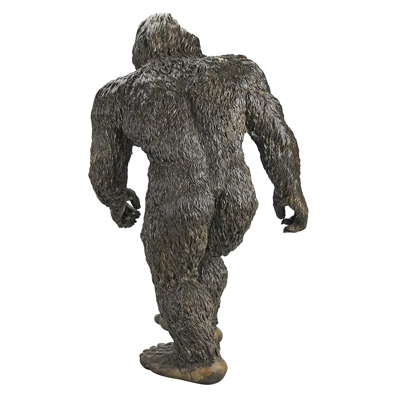 Bigfoot lawn ornament - Amazon Com Design Toscano Bigfoot The Garden Yeti Statue Large Patio Lawn Garden