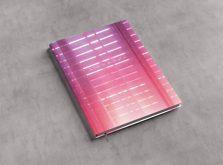 Notizbuch The Cracks That Allow The Light In 128 Seiten Lesezeichen DIN A5 liniert