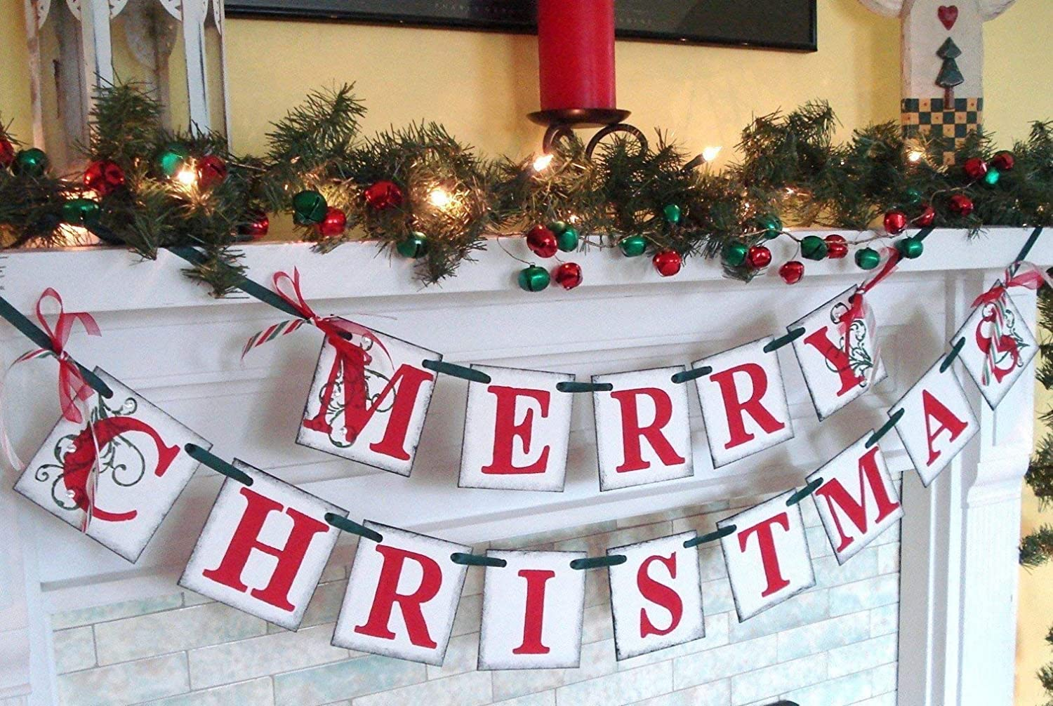 Christmas decorations//MERRY CHRISTMAS banner//Holiday Mantle Garland//Holiday Photo Banner//Vintage Inspired Holiday Banner//Christmas Banner
