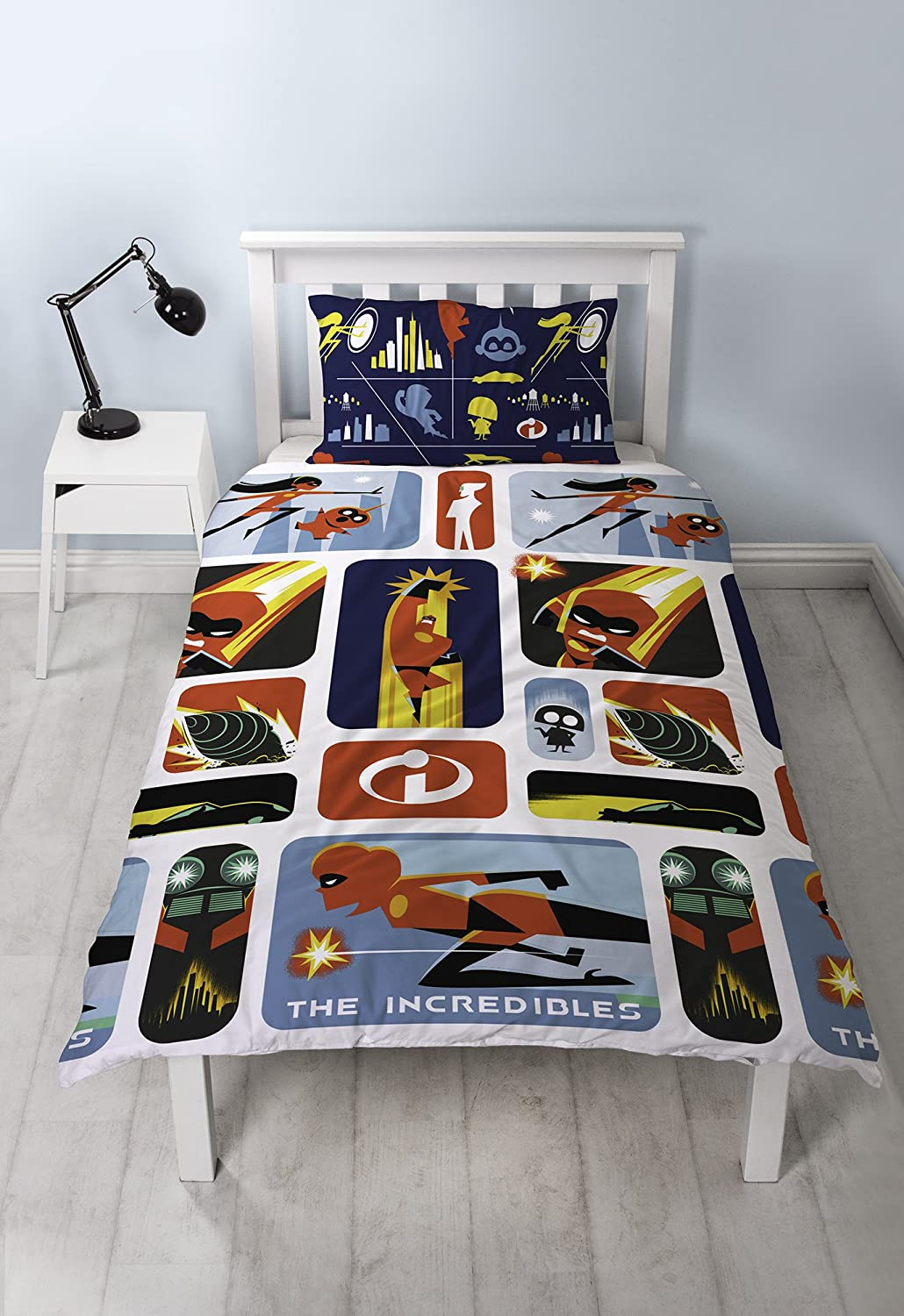 Disney The Incredibles 2 Single Duvet Cover | Reversible Retro Two Sided Design | Kids Bedding Set Includes Matching Pillow Case Character World DI2RETDS001UK1