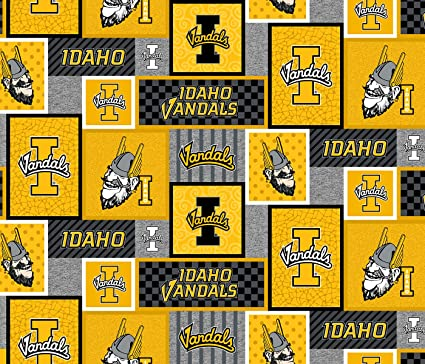 Amazon Com University Of Idaho Fleece Blanket Fabric Idaho Vandals Fleece Fabric With New Patch Patttern Sold By The Yard