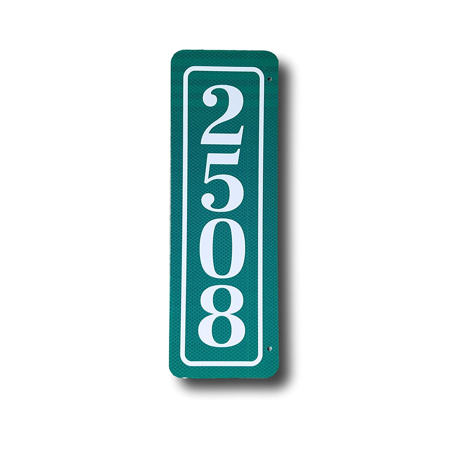Stonebrae & Strath Reflective Address Sign (18x6 Classic Style Double Sided, Green w/White)
