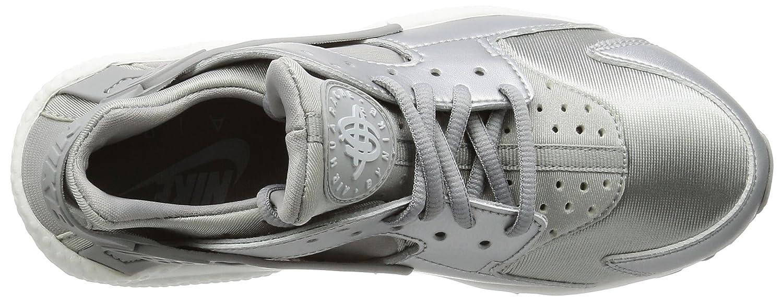 NIKE Women's Huarache Run SE Running Shoe B01M7P77TJ 5 B(M) US Silver