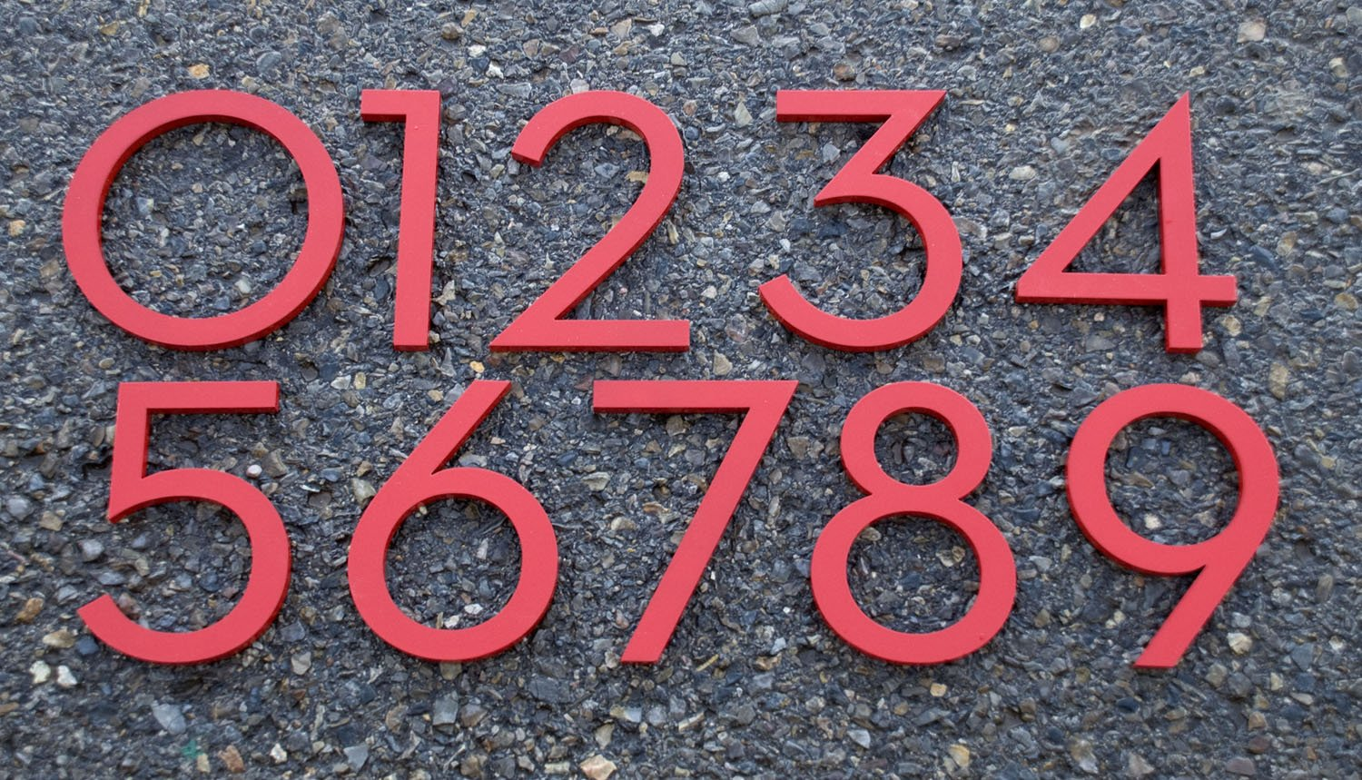 Amazon com modern house numbers aluminum modern font set of four 6 inch numbers in red address plaques garden outdoor