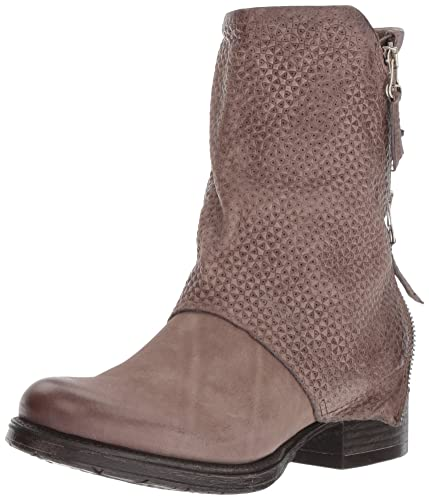 Women's Nugget Fashion Boot