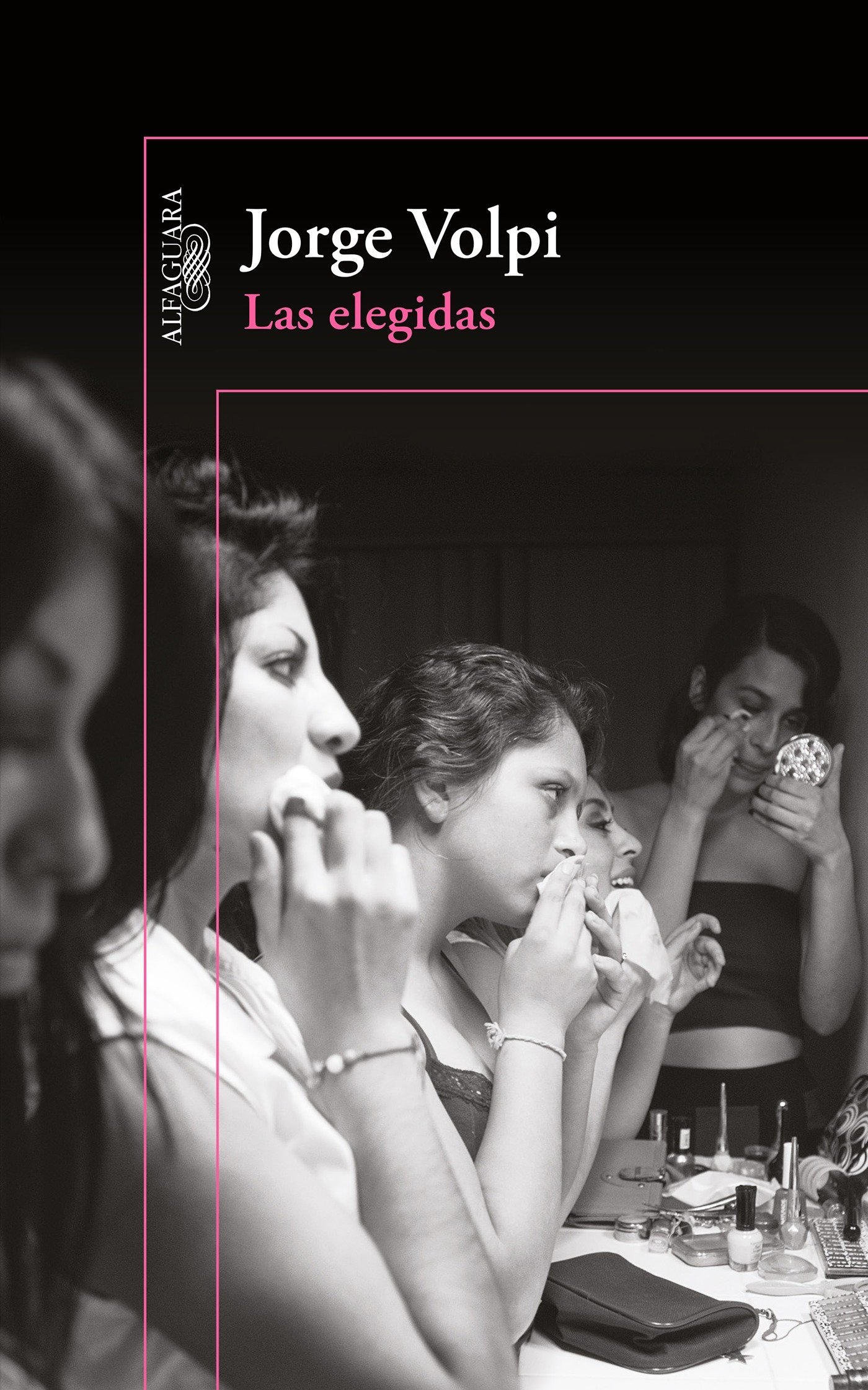 Las elegidas / The Chosen Ones (Spanish Edition) (Spanish) Paperback – November 24, 2015