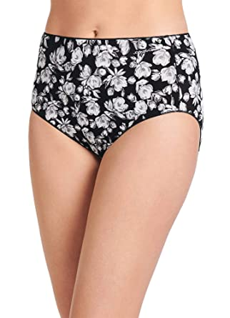 832ad02a3da1 Jockey Women's No Panty Line Promise Tactel Hip Brief at Amazon Women's  Clothing store: