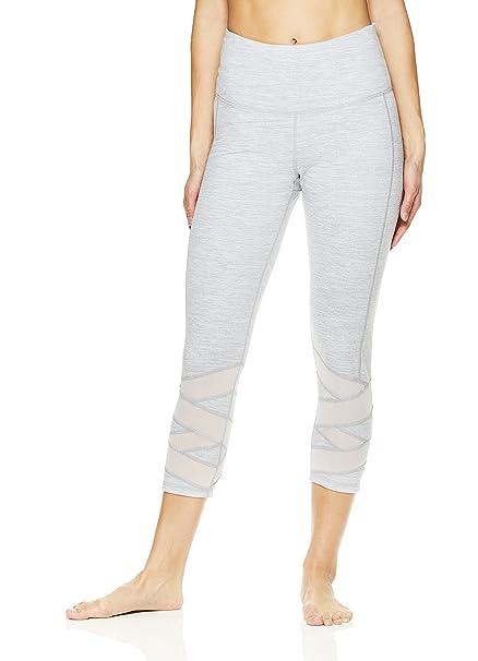 cce53156da53 Gaiam Pantalones de Yoga Capri para Mujer, Pantalones de compresión ...