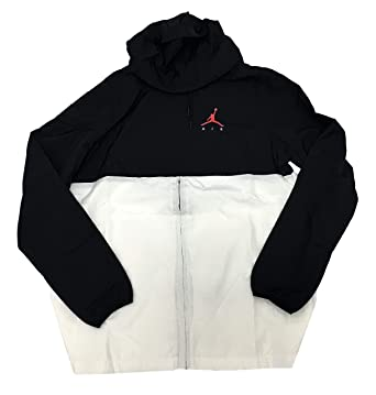 eccacee9b9452c Jordan Jumpman Air Windbreaker at Amazon Men s Clothing store