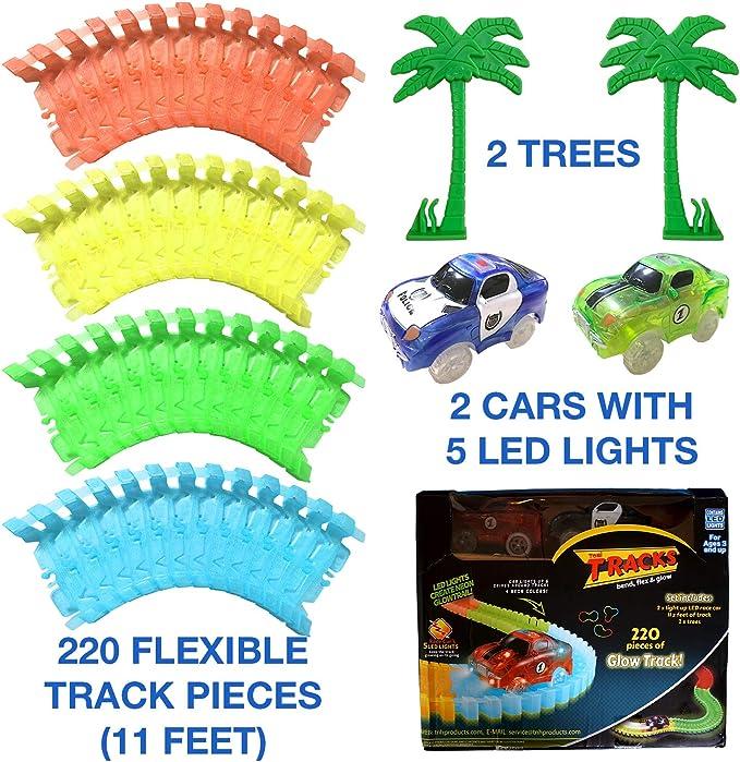 Tomi Tracks Pista Macchinine Luminosa – 220 Pezzi Flessibili ( 3.35 Metri) di Circuito –2 Macchinine Luminose – Gioco Facilmente Assemblabile – Set