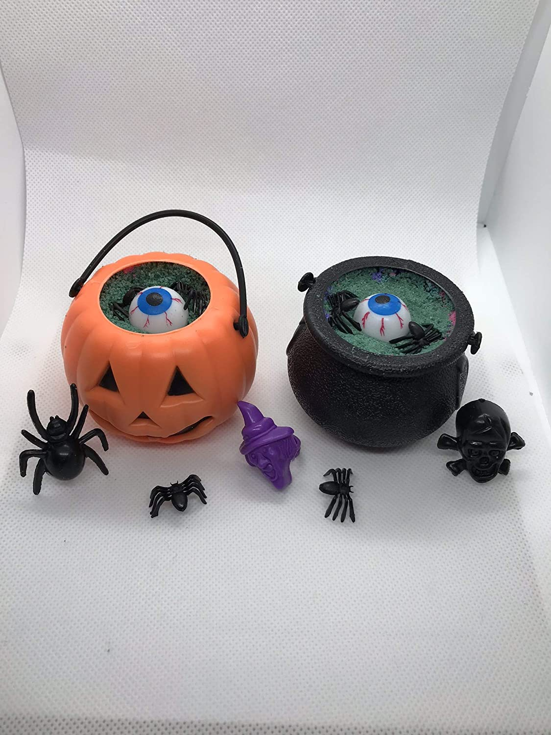 The Cauldron Deluxe Bath Bombs