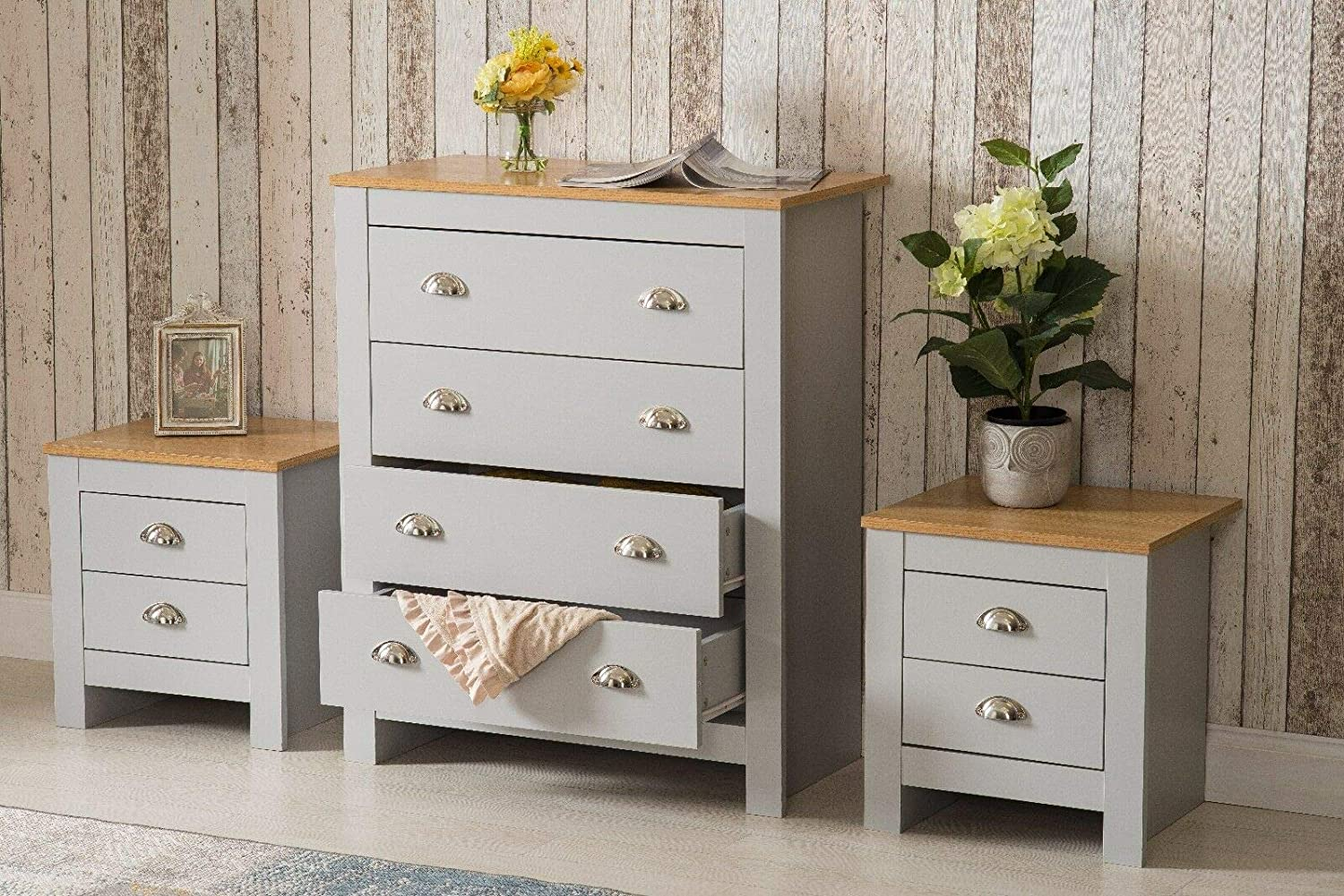 one Roomee Country style Bedroom Furniture Chest of 4 Drawers Bedside tables Grey