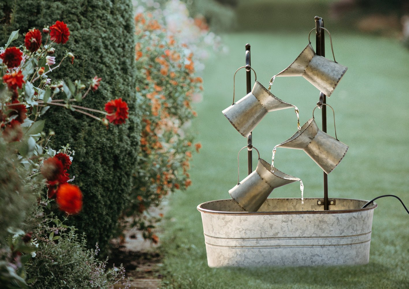 Amazon.com: Glitzhome Metal Tiered Water Fountain with Decorative ...