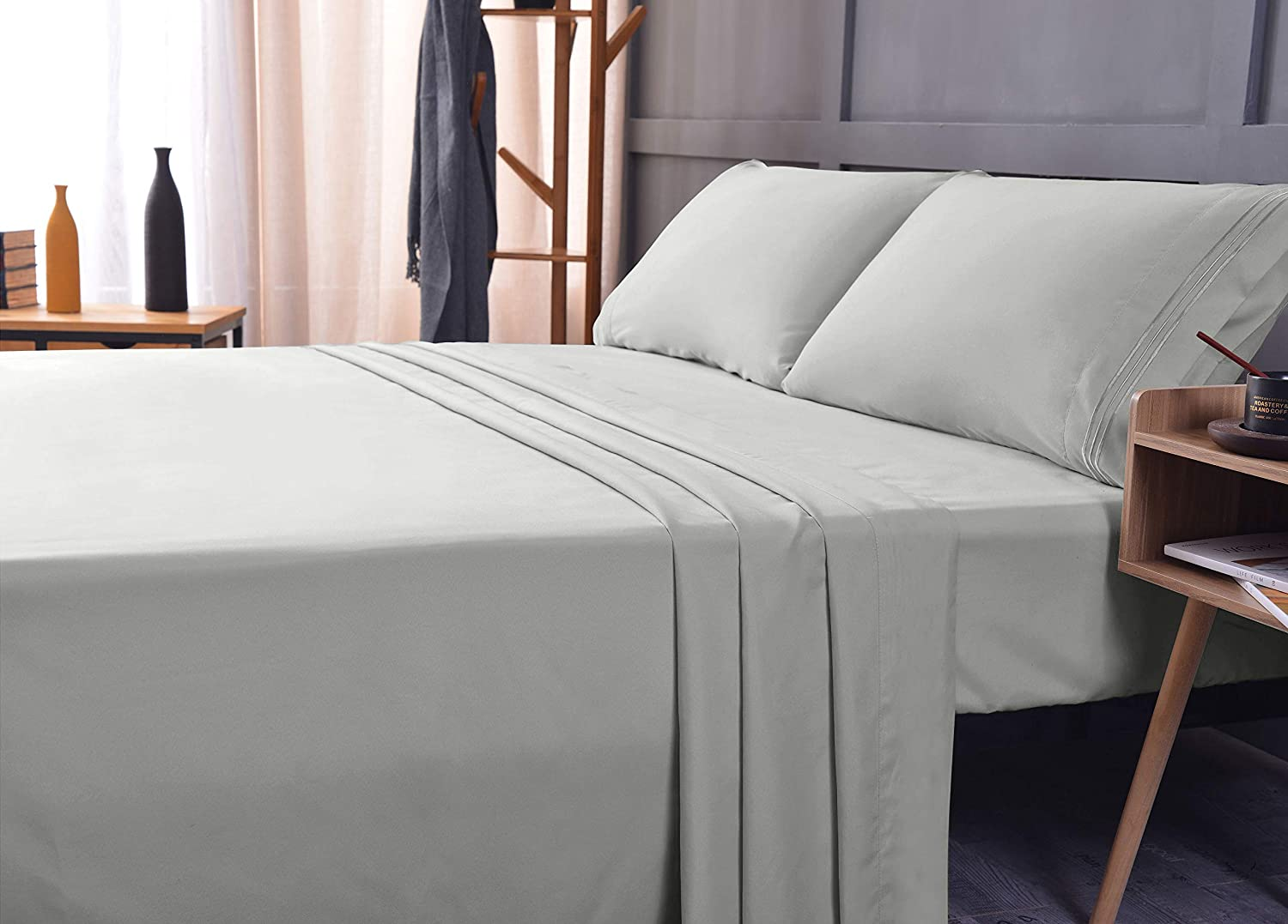 Bamboo Ultra Soft Sheet Set – Deep Pocket, Machine Washable, Wrinkle and Shrink Resistant, Hypoallergenic, Cooling, Fade Resistant Bedding Sheet – 4 Piece Set (Queen, Light Gray)