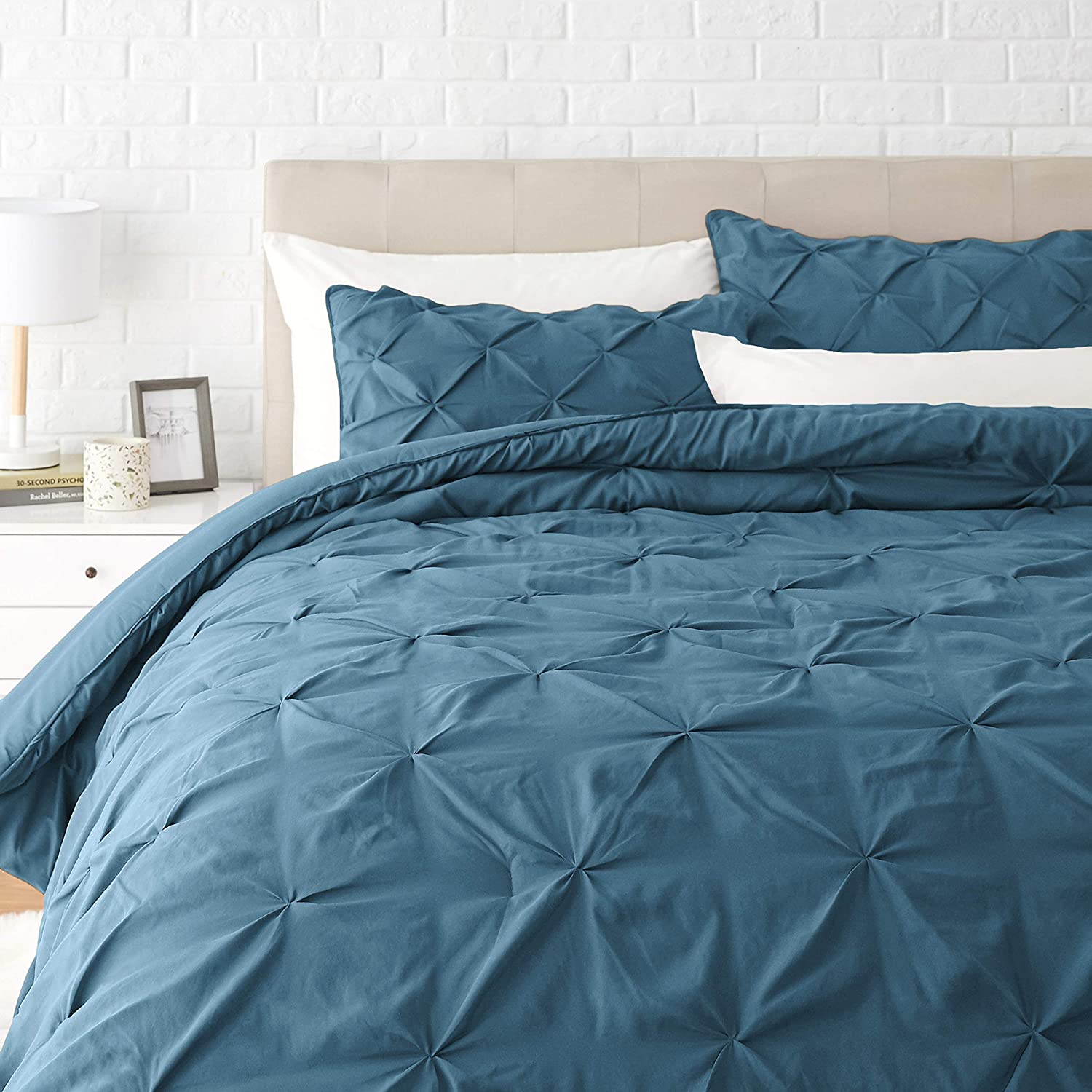 Amazon Basics Pinch Pleat Down-Alternative Comforter Bedding Set - King, Dark Teal