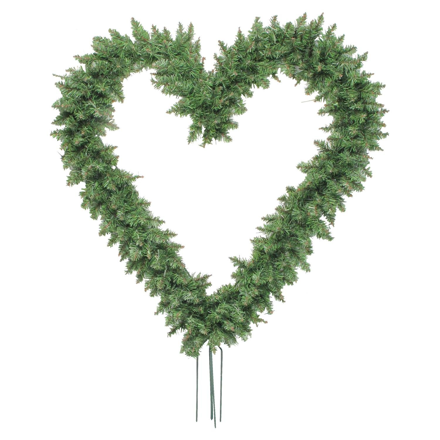 Northlight Pine Heart Shape Wreath with Ground Stakes, 22, Green 22 V04251