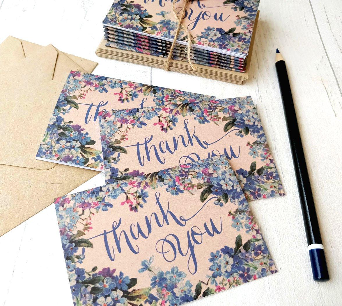 (Confezione da 8) Mini floreale blu vintage marrone riciclato matrimonio rustico forget-me-not Thank You Cards e buste A7105mm x 74mm (confezione da 8) biglietti di auguri per festa di nozze (cancelleria, Note Cards) Paper Willow