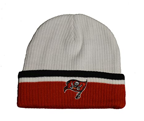 Amazon.com   Tampa Bay Buccaneers Red Cuff Sideline Beanie Hat - NFL ... 96388eb2320