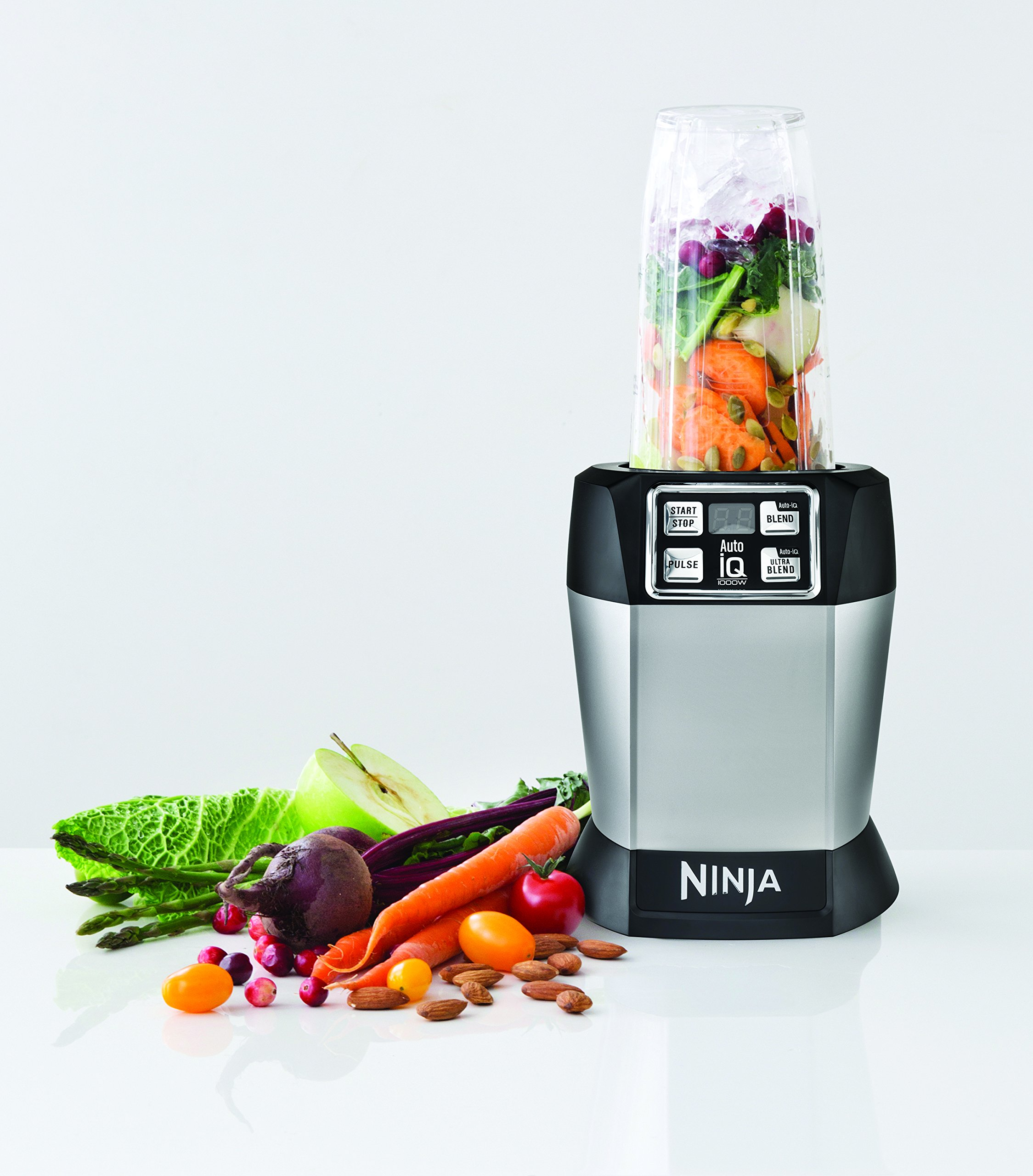 Nutri Ninja Personal Blender with 1000-Watt Auto-iQ Base to Extract Nutrients for Smoothies, Juices and Shakes and 18, 24, and 32-Ounce Cups (BL482) by SharkNinja (Image #3)