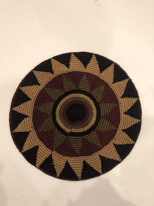 bdc57d24e6e Amazon.com  Inspirit Arts Tam Berets Hat Dark Brown Black Star Flower Crochet  Knit Slouchy Dreadlock Cap  Clothing