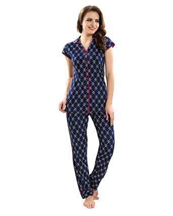 ba0533863c Kayimi Women s Premium Cotton Printed Front Open Flannel Night Suit   Amazon.in  Clothing   Accessories