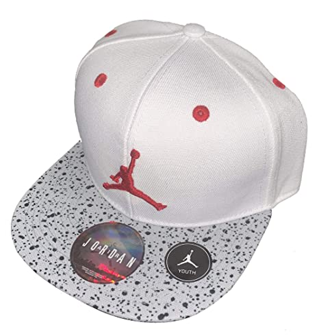 9f2170f95e65ed Amazon.com  NIKE Youth Boys Jordan Jumpman Retro 5 Snapback Hat 8 20   Sports   Outdoors