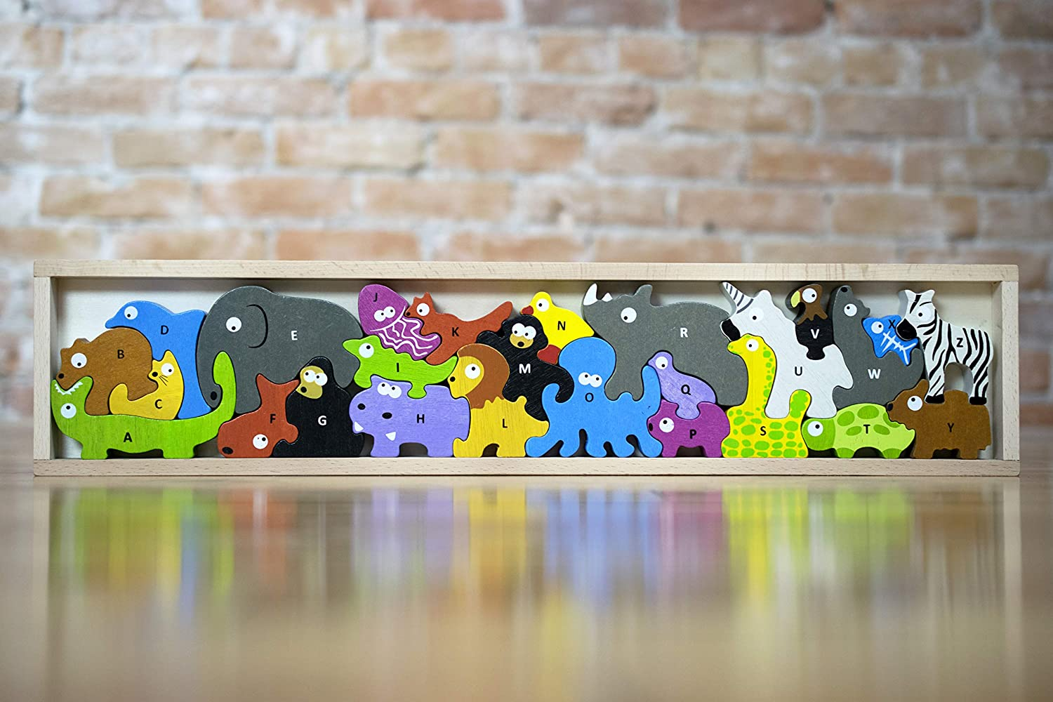BeginAgain Animal Parade A-Z Puzzle- An Alphabet of Animals in a Wooden Puzzle! - Wooden Toy ABC Puzzle Game - Award Winning Educational Toy for Toddlers by: Amazon.es: Juguetes y juegos