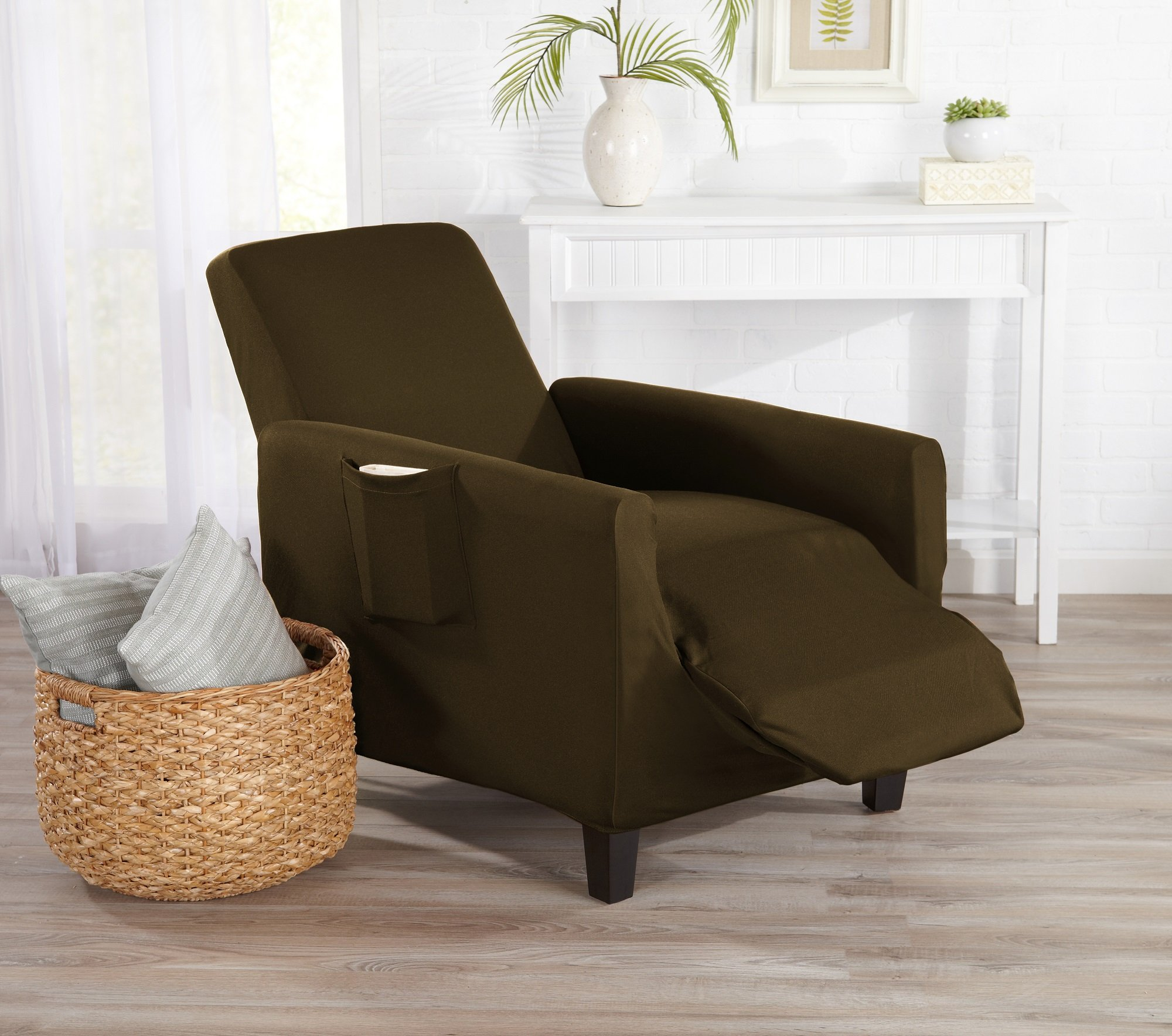 Great Bay Home One Piece Recliner Silpcover, Slip Resistant, Stylish Furniture Cover/Protector. Dawson Collection Basic Strapless Slipcover by Brand. (Recliner, Walnut Brown)