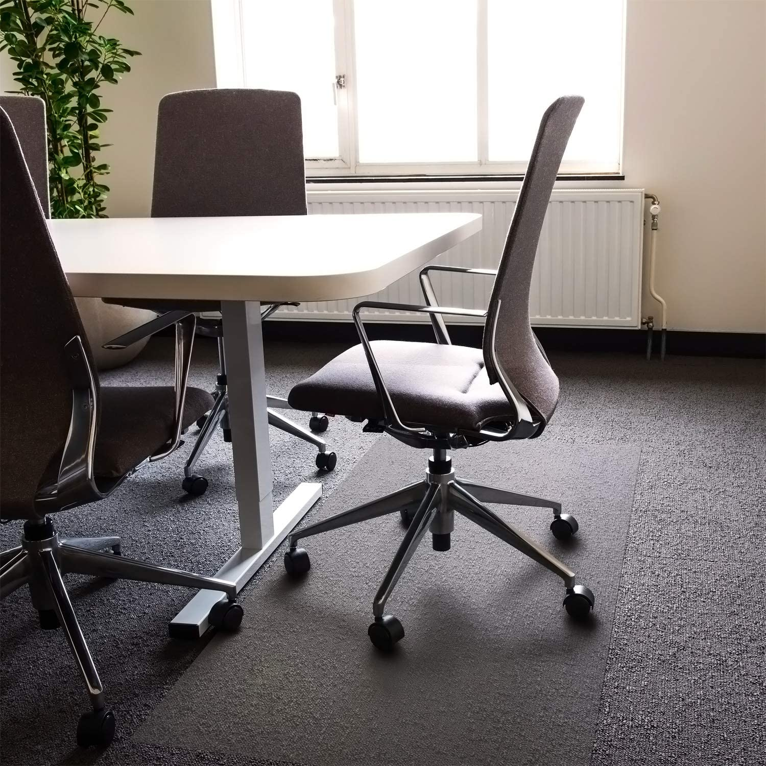 Amazon Com Floortex Polycarbonate Xxl Office Mat 48 X 118 For All Pile Carpets Model Fr1130023er Office Products