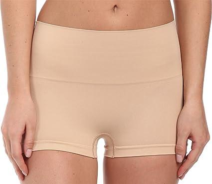 dbf99a5994 SPANX Women's Everyday Shaping Panties Seamless Boyshort at Amazon ...