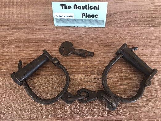 "12/"" Iron Hand Cuffs /& Key Old Vintage Antique 1800s Style Police Jailer Working"