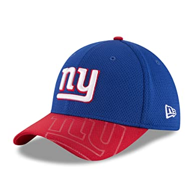 b656837ba70 Amazon.com  New Era Men s NFL New York Giants Sideline Cap  Clothing