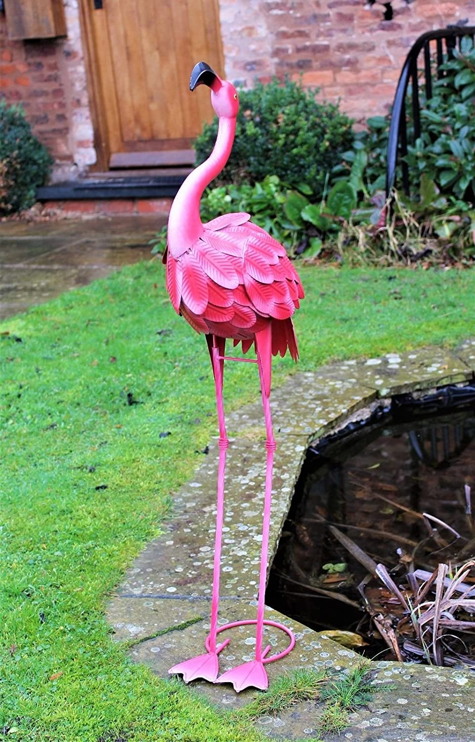 100 cm Metal Pink Garden Pond Flamingo Party Ornaments Decoration free standing Home and Garden Products Ltd