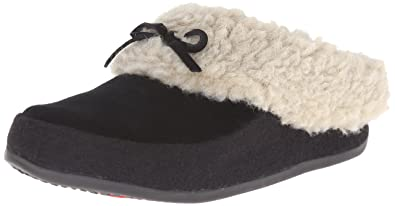 833dcd742fb7d5 FitFlop Women s The Cuddler