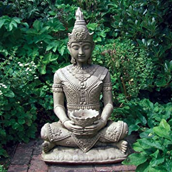 Peaceful Stone Buddha Statue - Large Garden Sculptures: Amazon.co.uk ...