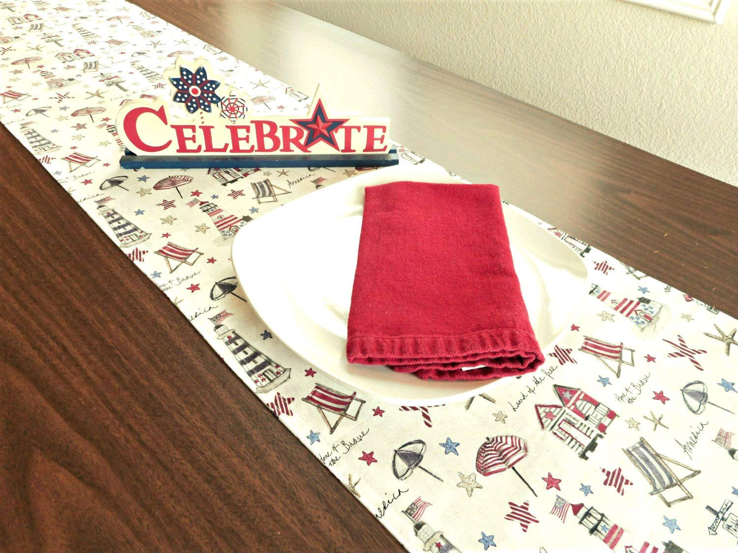 Swell Amazon Com Coastal Patriotic Table Runner Fourth Of July Home Interior And Landscaping Eliaenasavecom