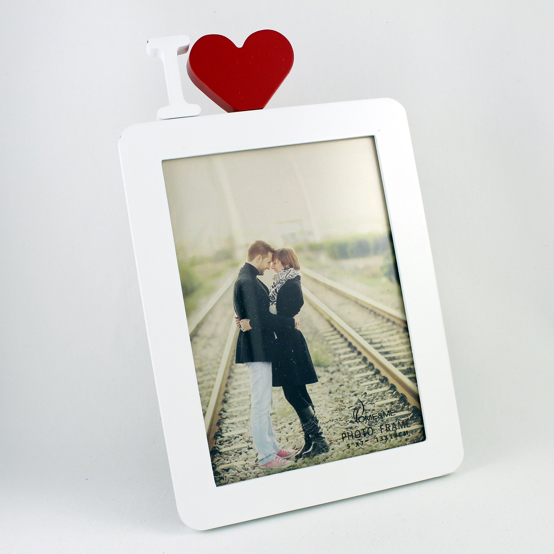 5x7'' Wooden Photo Frame in White with I Heart in Red, I Love You, Contemporary Shabby Chic, Perfect for Mother's Day, Birthday or Anniversary Style, Picture Size 5x7 (I HEART in RED, 5 x 7)