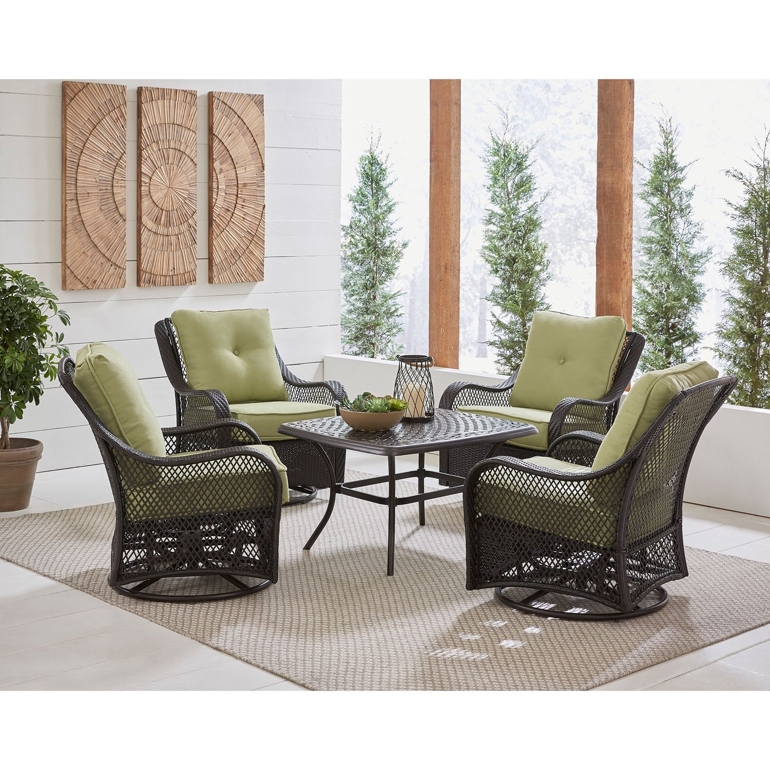 Hanover ORL5PCCTSW4-NVY Orleans 5-Piece Patio Chat Set In  Blue With 4 Swivel Rockers And A 24 X 50 Cast-Top Coffee Table Outdoor Furniture vy