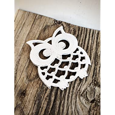 Rustic White Owl Trivet – Modern Cottage Table Decor - Cute Kitchen Accessory - Large Cast Iron Hot Pad with Rubber Feet