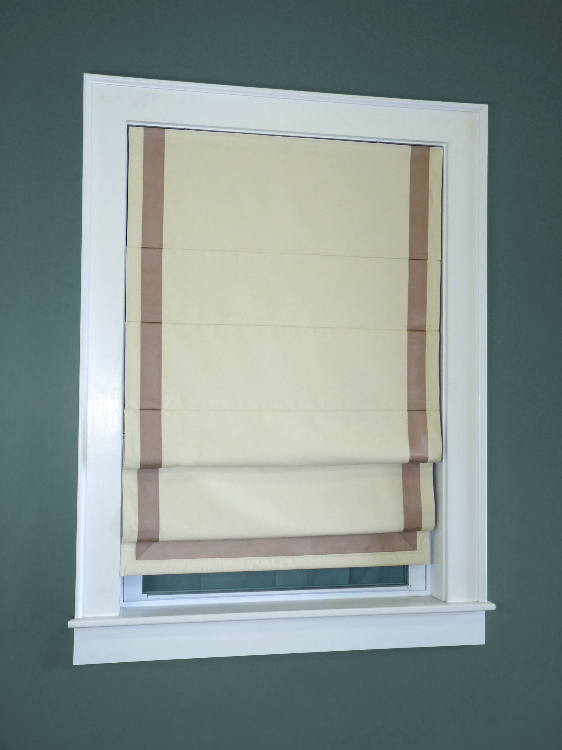 Green Mountain Vista Thermal Blackout Cordless Roman Shade with Ribbon Border, 30 by 63-Inch, Taupe by Green Mountain Vista
