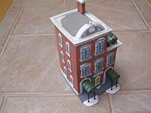 Department 56 Heritage Village Collection ; Christmas in the City Series ; Ivy Terrace Apartments