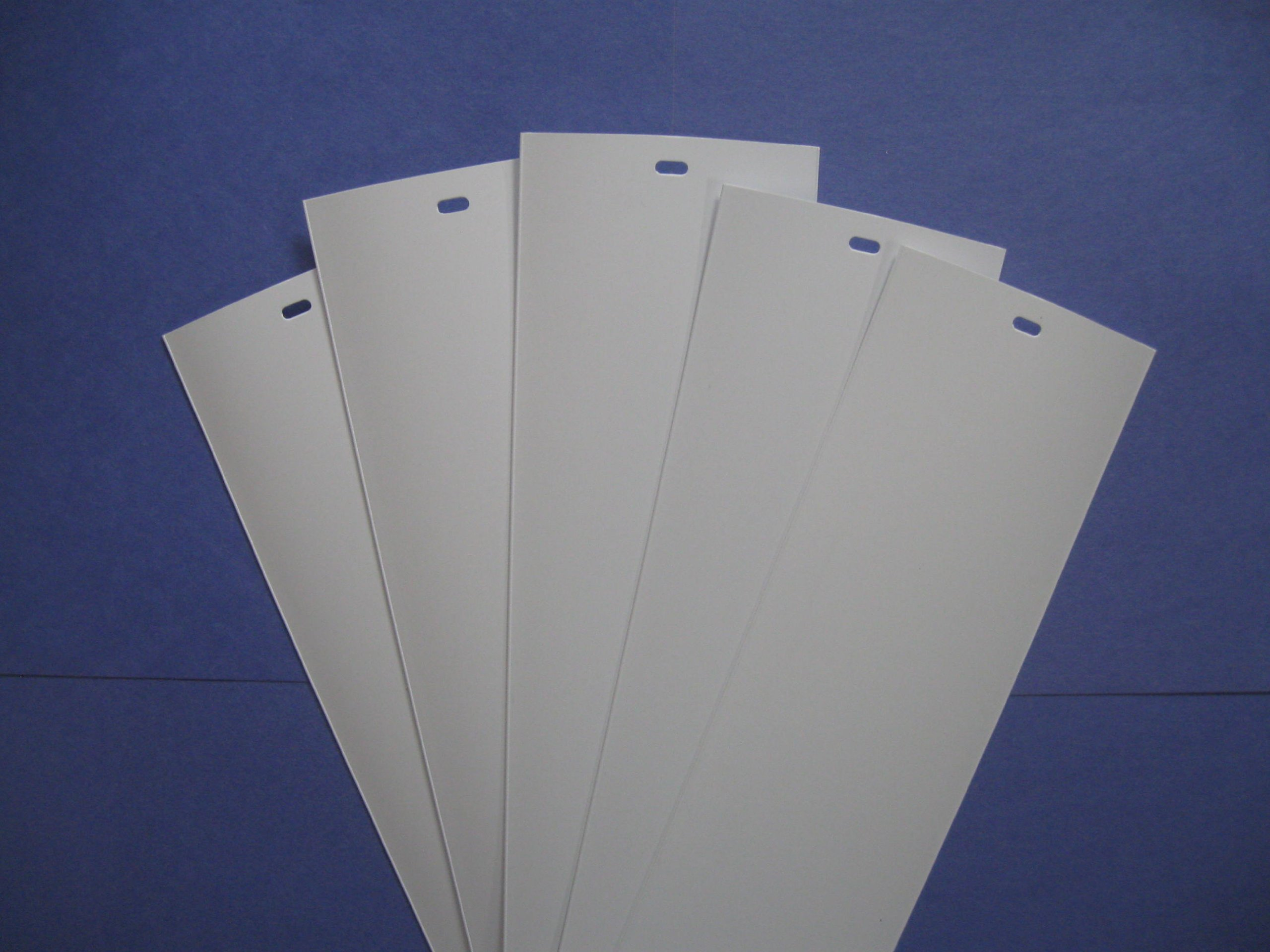 PVC Vertical Blind Replacement Slat White or Ivory (Qty: 5 Pk) 100 inches high (Long) X 3 1/2 inches Wide (100'' x 3 1/2'') (White) by Royal Window Coverings