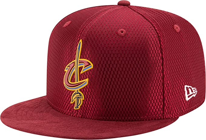 New Era Mujeres Gorras / Gorra plana NBA 17 On Court Cleveland Cavaliers