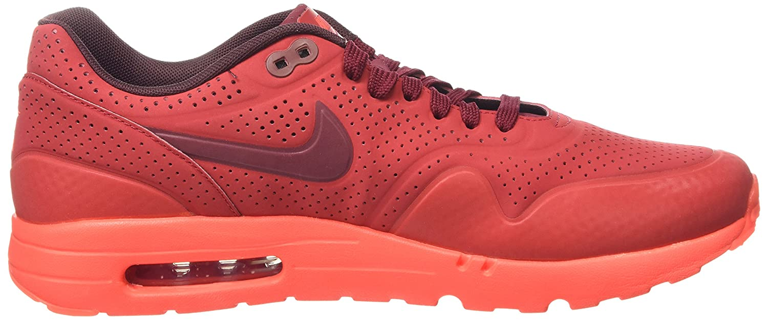 reputable site 09339 675bd Amazon.com   Nike Men s Air Max 1 Ultra Moire Sports Running Shoes   Road  Running