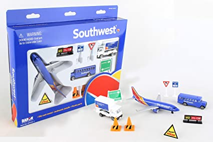 24 pcs Boeing Official Airport Play Set Diecast Toy Airplane Airlines Jets