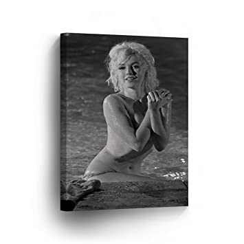 Amazoncom Marilyn Monroe Naked In The Pool Black And White Canvas