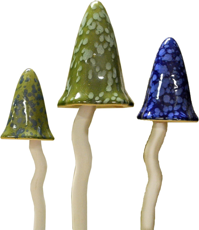 Bosmere W119 3-Pack Garden Ceramic Lawn Ornament, Toadstools, Winter Colors