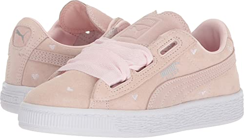 Image Unavailable. Image not available for. Colour  PUMA Kids Girl s Suede  Heart Valentine ... 4d6beb917
