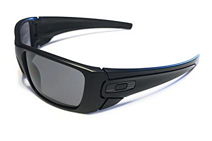 Oakley SI Fuel Cell Sunglasses Matte Black with Steel US Flag Icon/Gray Lens