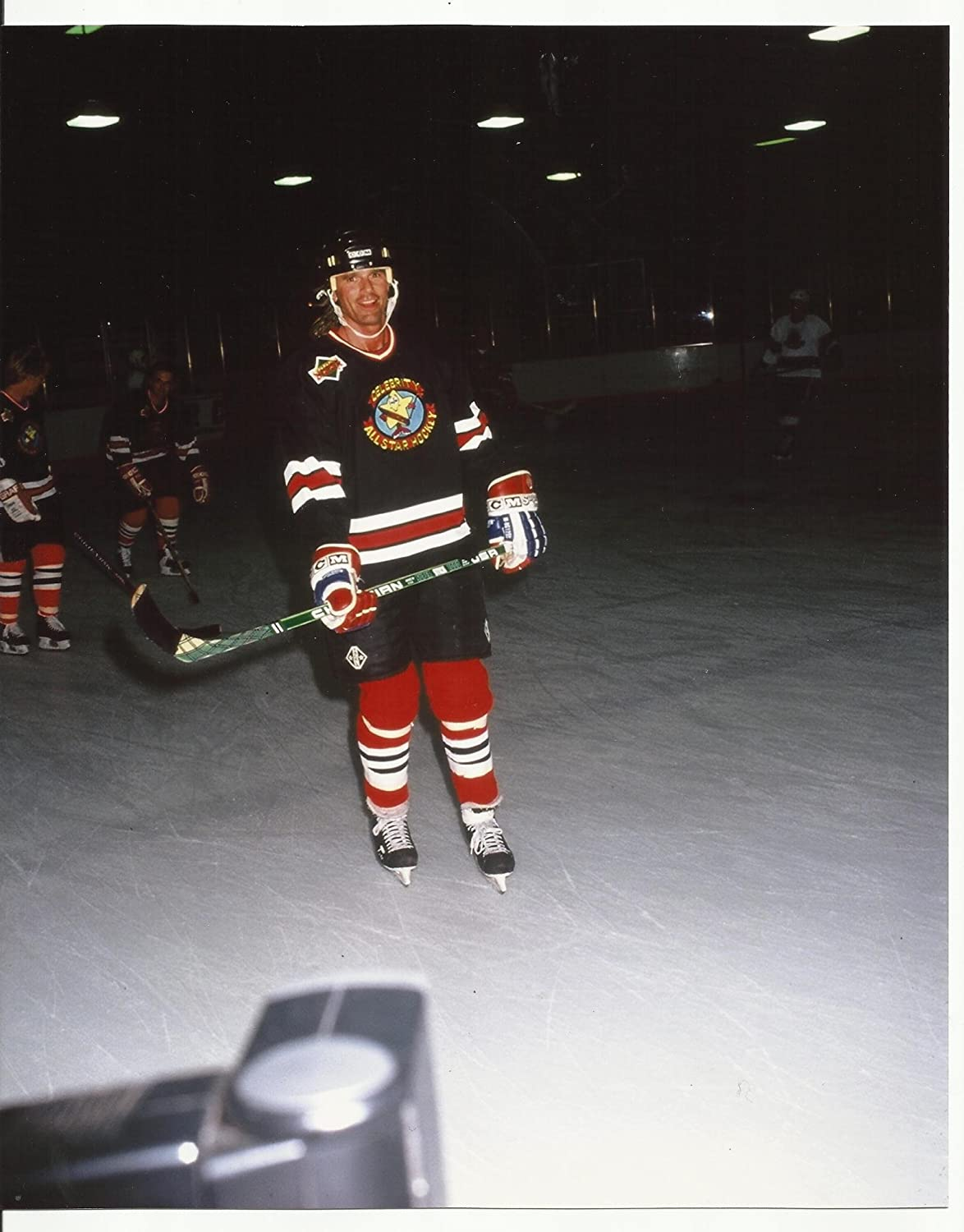 Richard Dean Anderson in Hockey Gear in The Rink 8 x 10 Photo